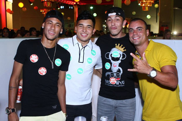 Neymar na festa M.I.S.S.A. (Foto: Raphael Mesquita/ Foto Rio News)