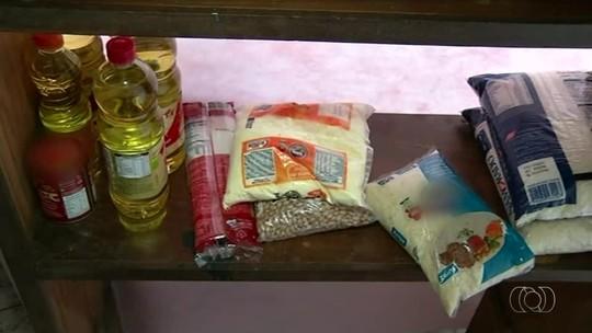 Criminosos invadem igreja e levam  alimentos que seriam doados