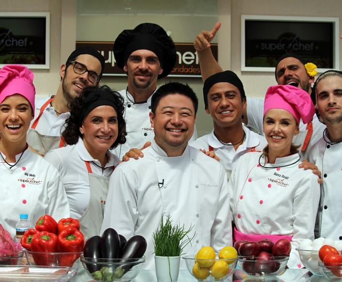 Todos com o chef Flávio  (Foto: Carolina Morgado/Gshow)