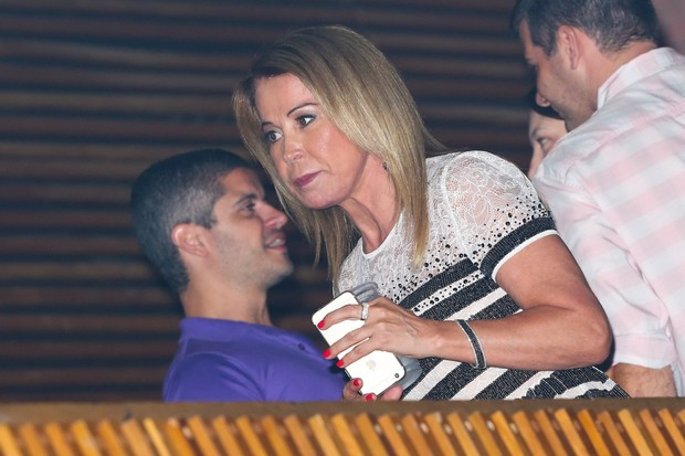 Zilu assiste a show de Zezé di Camargo e Luciano (Foto: Manuela Scarpa/PhotoRioNews)