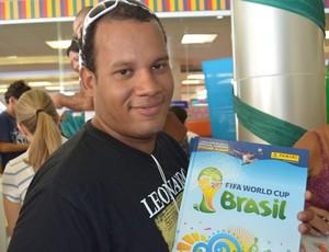 copa do mundo, troca de figurinhas, joão pessoa, felipe brandão  (Foto: Lucas Barros / GloboEsporte.com/pb)