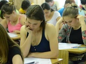 Nesta segunda-feira (25), segundo dia de provas, candidatos realizam a etapa vocacionada do concurso (Foto: Divulgação/Unicentro)