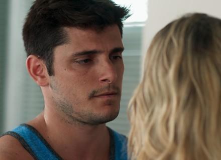 Toninho enfrenta Bárbara e avisa: 'Posso fazer um estrago na tua vida'