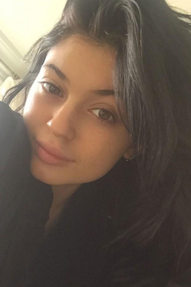 Kylie Jenner sem maquiagem (Foto: Reprodução)
