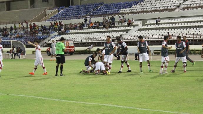 Dudu comemora gol marcado contra o Vitória, no Nordestão sub-20 (Foto: Denison Roma/GloboEsporte.com)