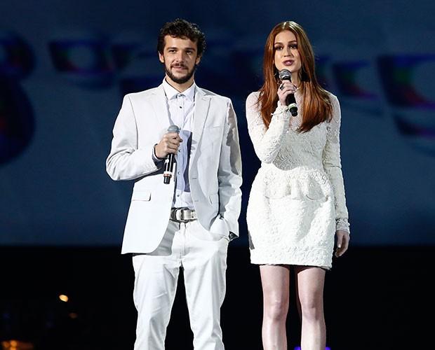 Jayme Matarazzo e Marina Ruy Barbosa apresentam o especial (Foto: Raphael Dias / Gshow)