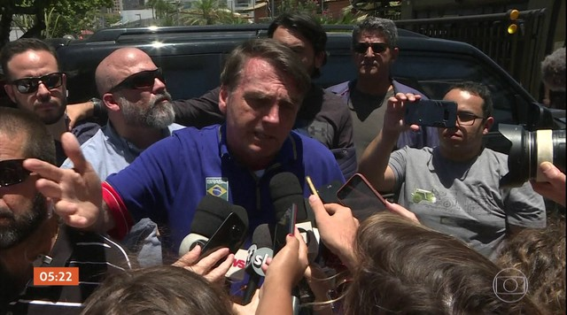 Bolsonaro fala sobre relatório que mostra movimentação suspeita do ex-assessor