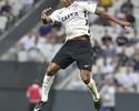 """Artilheiro do Corinthians em 2017, Jô não traça meta de gols: """"Quero títulos"""""""