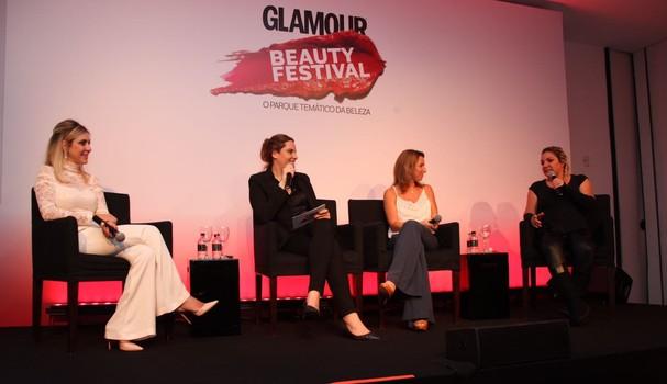Cau Saad, Daniela Cyrulin e Dra. Alessandra Fraga em bate-papo sobre tendências fit (Foto: David Mazzo)