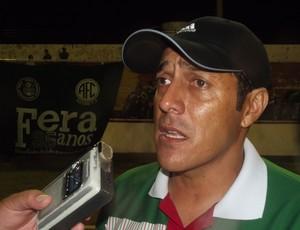 Técnico Maurílio Silva, do Alecrim (Foto: Jocaff Souza/GLOBOESPORTE.COM)