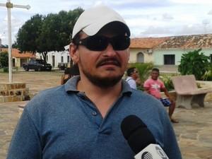 Marcos Soares conheceu a garota e conta que a viu crescer (Foto: Gilcilene Araújo/G1)