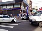 Motorista foge de barreira policial, bate carro e fere duas mulheres no RS