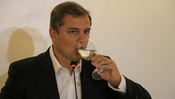 diego aguirre coletiva inter (Foto: Tomás Hammes/GloboEsporte.com)