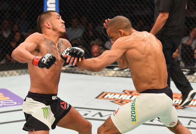 Edson Barboza Anthony Pettis UFC 197 (Foto: Getty Images)