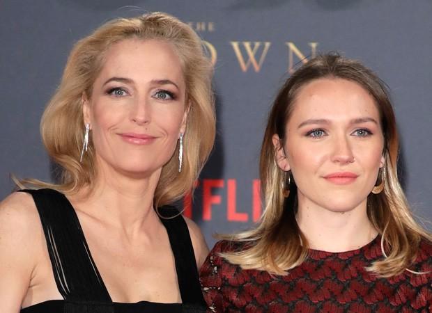 Gillian Anderson e a filha, Piper Maru Klotz (Foto: Getty Images)