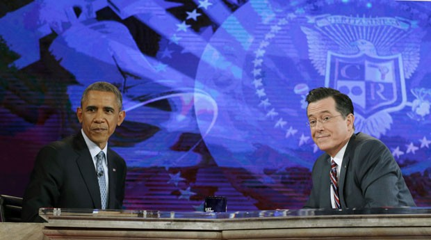 O presidente dos EUA, Barack Obama, durante o programa de TV The Colbert Report with Stephen Colbert nesta segunda-feira (8) (Foto: Kevin Lamarque/Reuters)