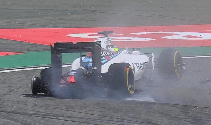 Felipe Massa fura pneu em treino livre para GP da China (Foto: Divulgação)
