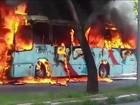 Bandidos incendeiam 17 ônibus e 7 carros na Grande Fortaleza