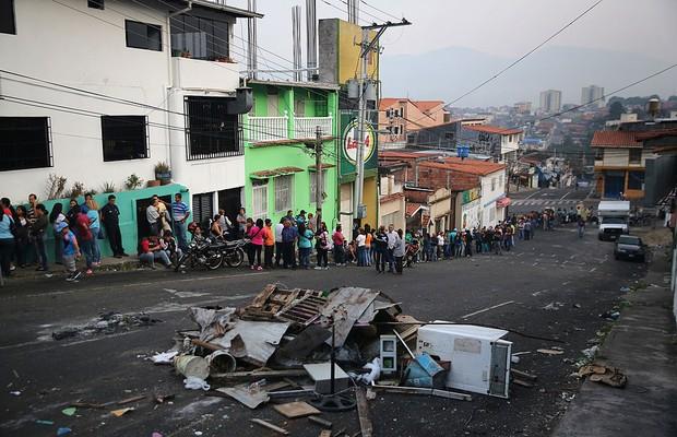 87% dos venezuelanos dizem não ter dinheiro para comprar comida