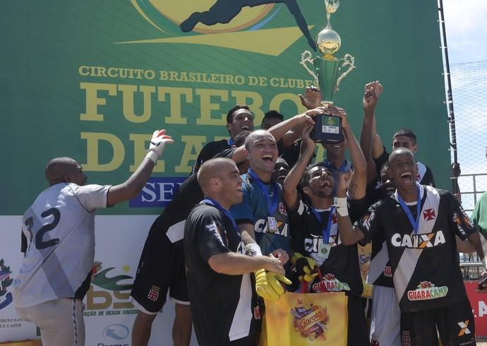 O Vasco conquistou o título da etapa da Serra do Circuito Brasileiro de Clubes de futebol de areia (Foto: Richard Pinheiro/GloboEsporte.com)