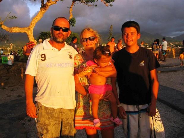 Família Cannella em passagem pela Venezuela (Foto: Jackson Félix/ G1 RR)