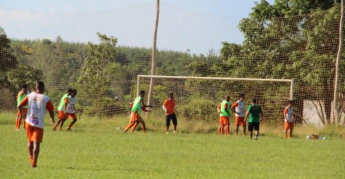 Primeiro treino coletivo do ano do Naviraiense (Foto: Orisvaldo Sales/Naviraiense)