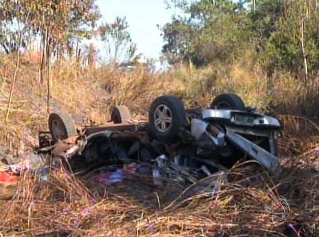 Acidente ocorreu na MT-265, próximo a cidade Barra do Burgres. (Foto: Reprodução/TVCA)