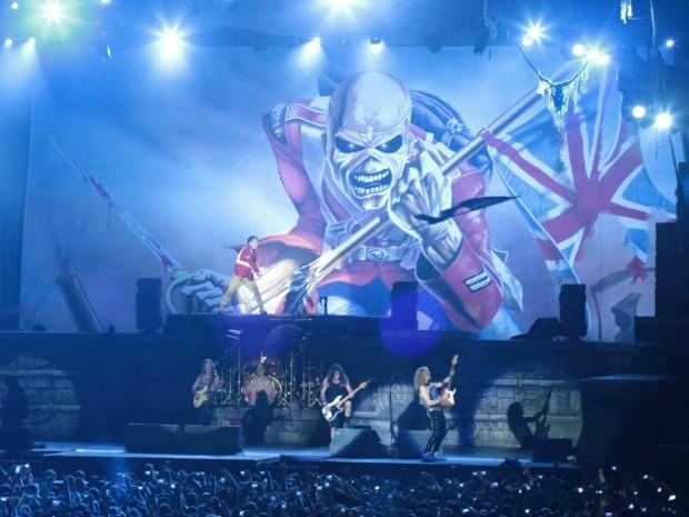 Show de uma das maiores bandas de heavy metal do mundo reuniu cerca de 35 mil pessoas em Fortaleza (Foto: Arte Produções/Divulgação)
