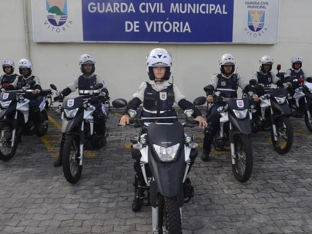 Guarda Thais Dalbem Siqueira, 23, será a primeira batedora de Vitória (Foto: Vitor Jubini/A Gazeta)