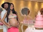 MC Pocahontas, aos noves meses de gravidez, faz chá de bebê para Vitória