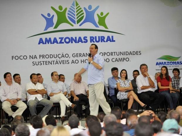 Governador Omar Aziz lançou o programa Amazonas Rural nesta quarta (25) (Foto: Alex Pazuello / AGECOM)