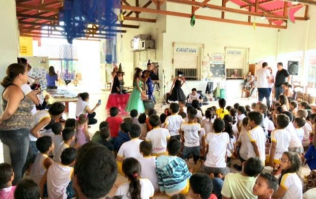 Primeira edição do projeto foi realizada na escola Chico Mendes, em Rio Branco (Foto: Acre TV)