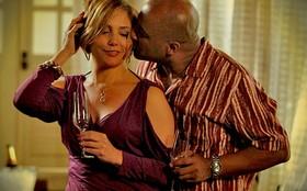 Monalisa arma noite a sós com Silas, mas ele é irredutível: 'Tem que casar'