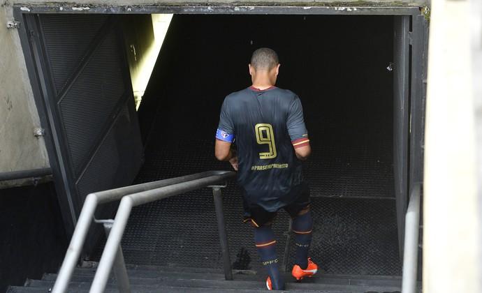 São Paulo x Figueirense Luis Fabiano (Foto: Mauro Horita)