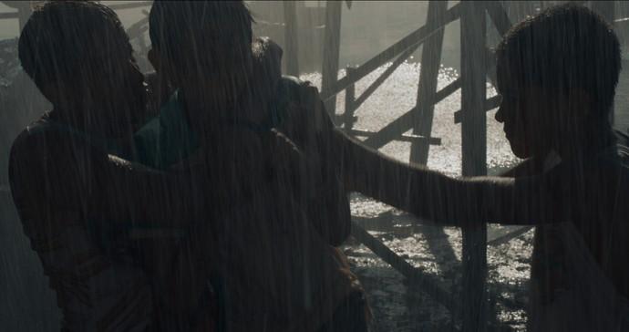 Os pivetes perseguem e seguram Jesus (Foto: TV Globo)