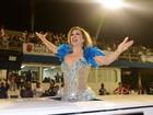 Claudia Raia chega de limusine ao sambódromo do Anhembi, em SP