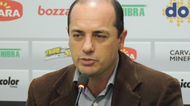 cicero souza diretor executivo de futebol Criciúma (Foto: João Lucas Cardoso)