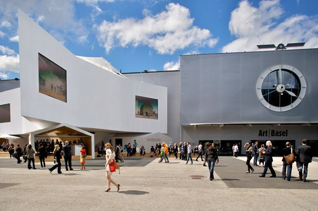 Entrada do Messe Basel, onde ocorre a Art Basel (Foto: cortesia Art Basel)