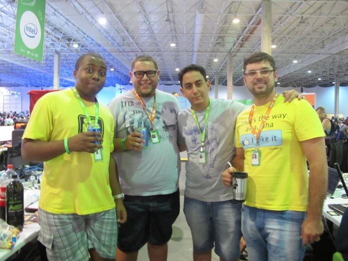 Integrantes do Távola Quadrada: Anderval Souza,Ronaldo Paggi, Fabio Tibúrcio e Glenn Barbosa (Foto: Laura Martins/Techtudo)