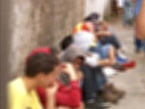 Cerca de 70 adolescentes são detidos em festa 'Fogo no Puteiro' em Uberlândia, MG (Foto: Reprodução/TV Integração)
