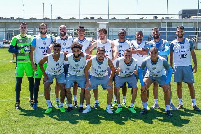 BLOG: O Brasileirão do Corinthians e as renúncias do Grêmio