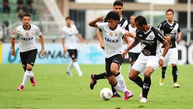 Romarinho Corinthians x Ponte Preta (Foto: Marcos Ribolli / Globoesporte.com)