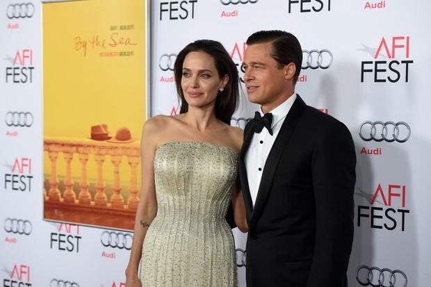 Angelina Jolie e Brad Pitt em première de filme em Los Angeles, nos Estados Unidos (Foto: Kevin Winter/ Getty Images/ AFP)