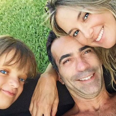 Ticiane Pinheiro, a filha, Rafaela Justus, e o namorado, César Tralli (Foto: Reprodução)