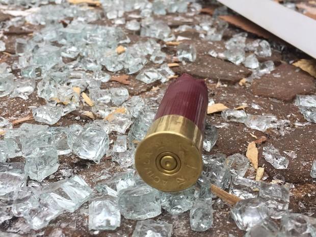 Agências bancárias foram destruídas em Iepê  (Foto: David de Tarso/TV Fronteira)