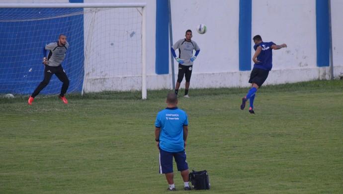 Confiança, treino (Foto: Felipe Martins)