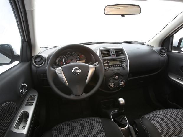 Nissan March interior (Foto: Divulgação)