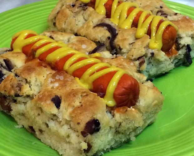 Focaccia's Dog pode ser servido com ketchup e mostarda (Foto: Mais Você/Gshow)