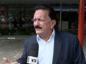 Conselheiro do TCE-MA, Edmar Cutrim, afirma que não sabia que Thiago Maranhão não cumpria expediente no gabinete (Foto: Reprodução/TV Mirante)