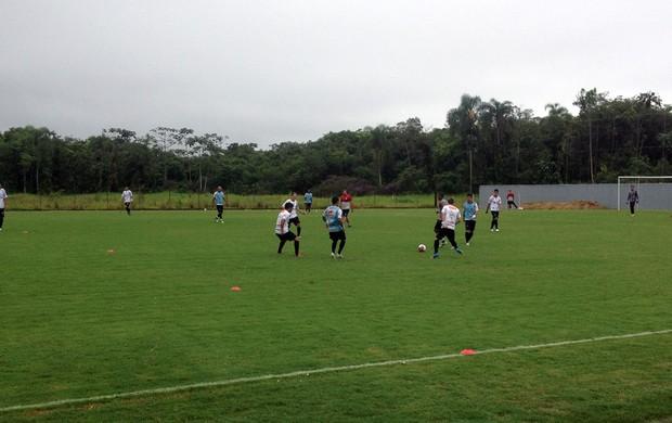 Primeiro treino com bola do Joinville do ano de 2013 no CT do Morro do Meio (Foto: Divulgação / JEC)